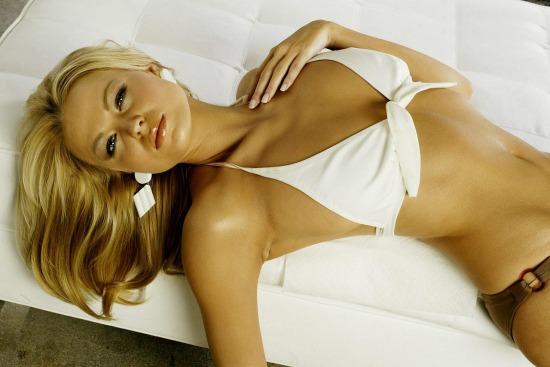 俄罗斯美女模特图片_俄罗斯美女模特桌面主题包下载