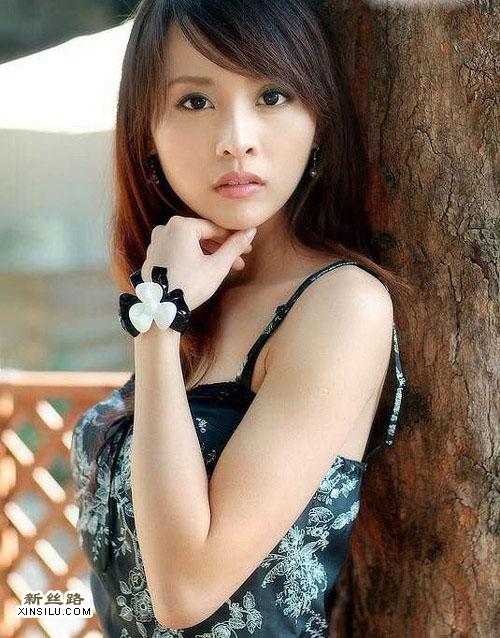 美女的清纯美图 迷情内衣秀 中国模特在线