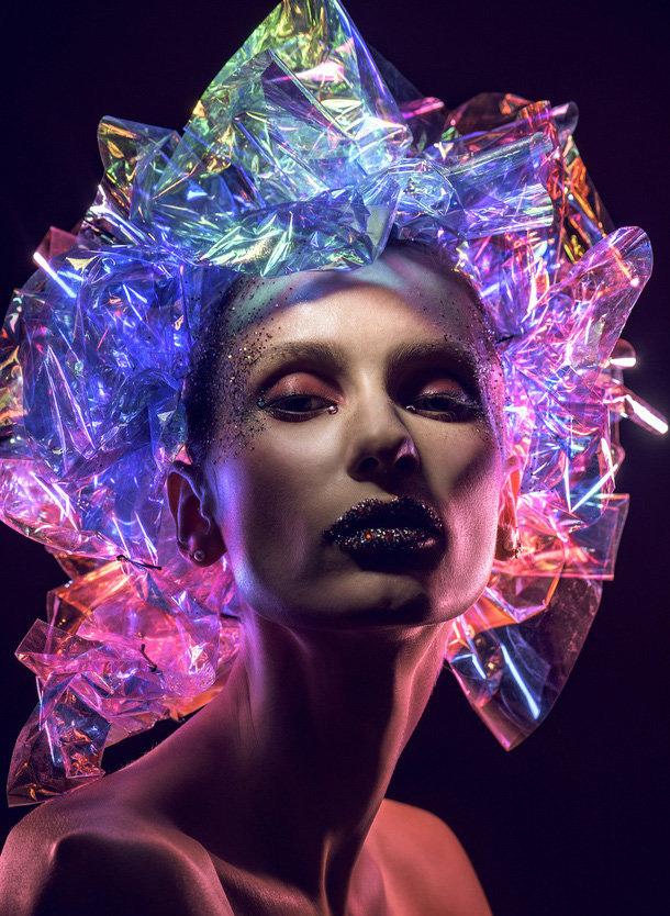 绚丽灯光下的人体艺术摄影