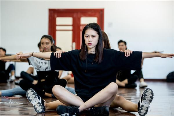 京东·新面孔模特大赛